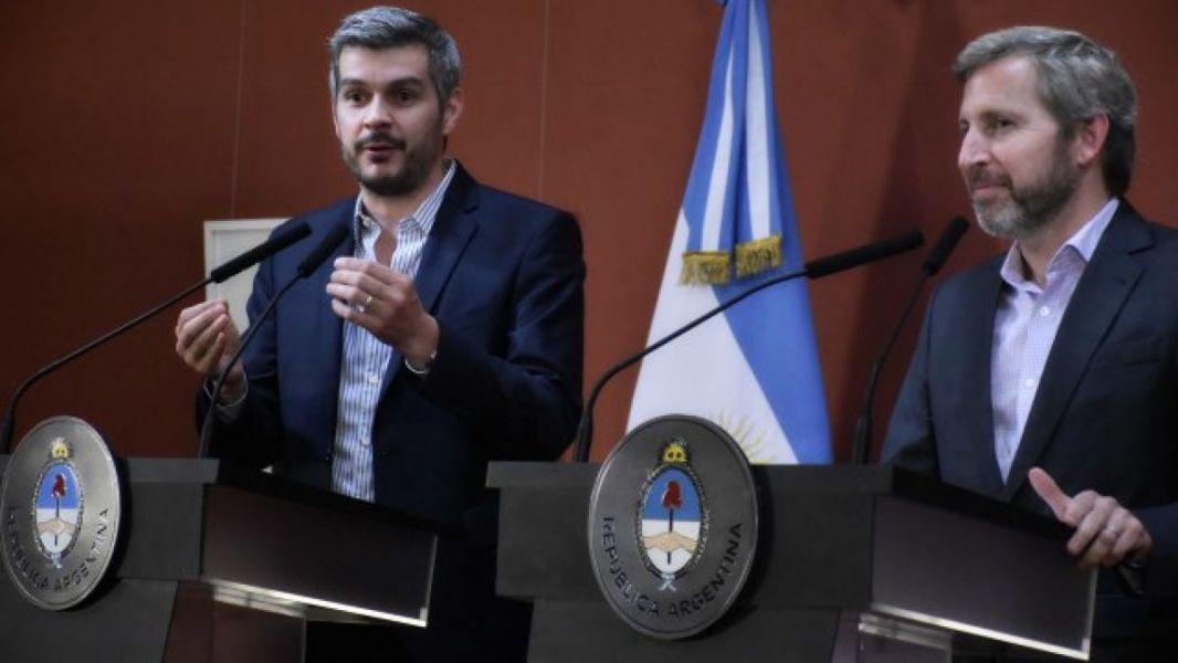 Marcos Peña y Rogelio Frigerio, recibirán hoy en la Casa Rosada a los cinco gobernadores de Cambiemos.