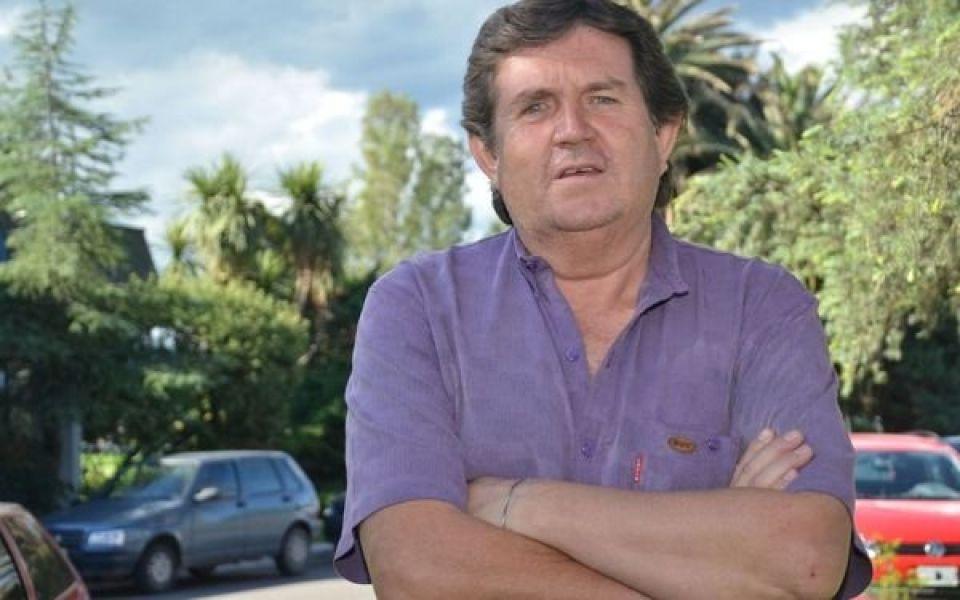 Omar Torres, el ex intendente condenado por robar rieles del ferrocarril en el puente del río La Viña.
