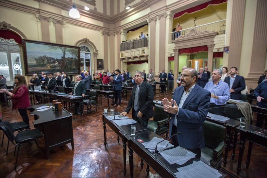 En su última sesión Diputados dio media sanción a la ley que modifica  que el litro de nafta sea medida cuantificadora de las multas.