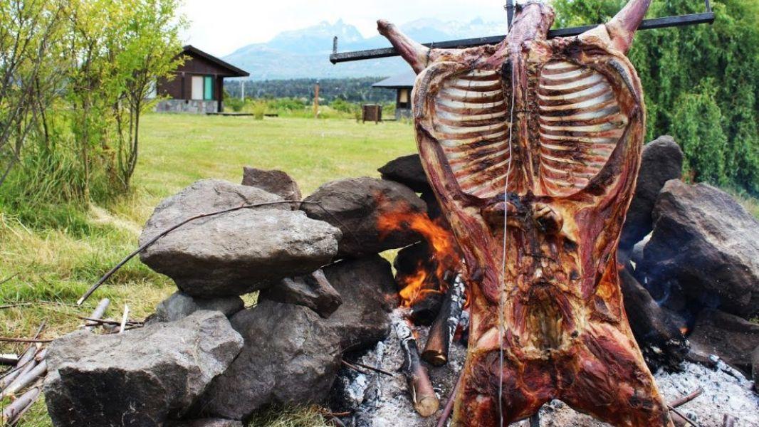 Música folclórica y el mejor cordero asado a la llama para salteños y turistas, serán los ingredientes del concurso pascual en El Carril.