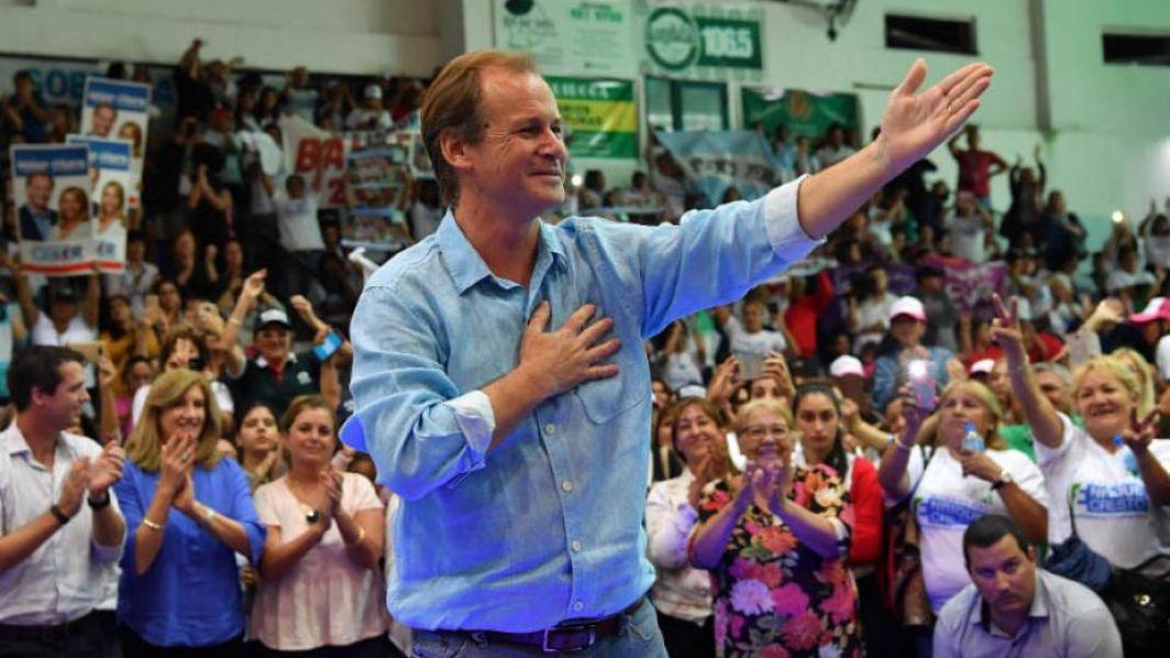 Gustavo Bordet con el peronismo unido alineado detrás de su boleta, ganó la primaria de Entre Ríos por amplia mayoría.