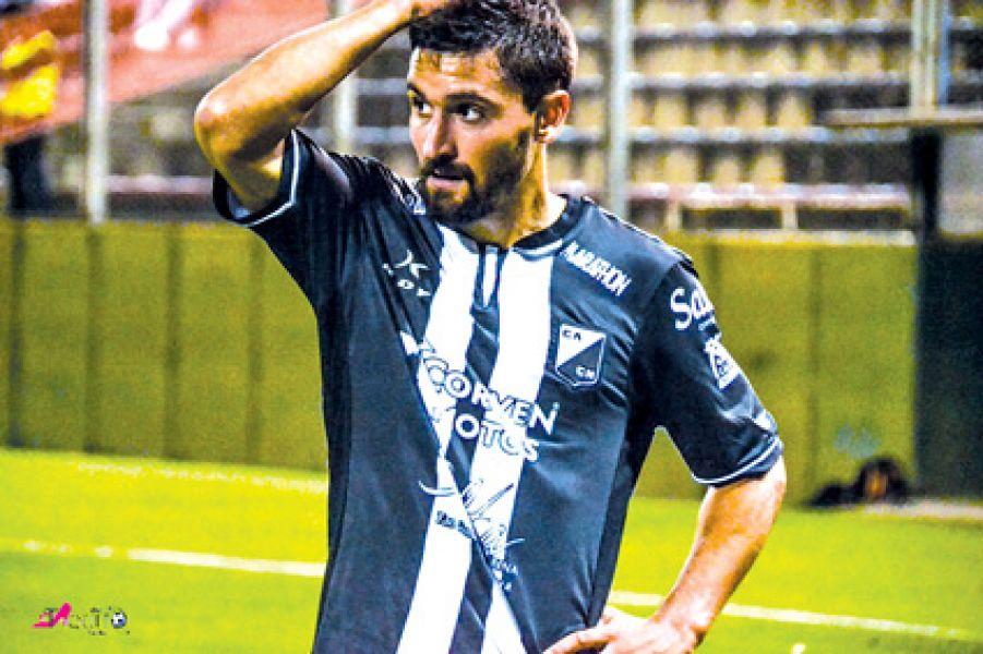 Marcos Valsagna se desgarró en el último partido.