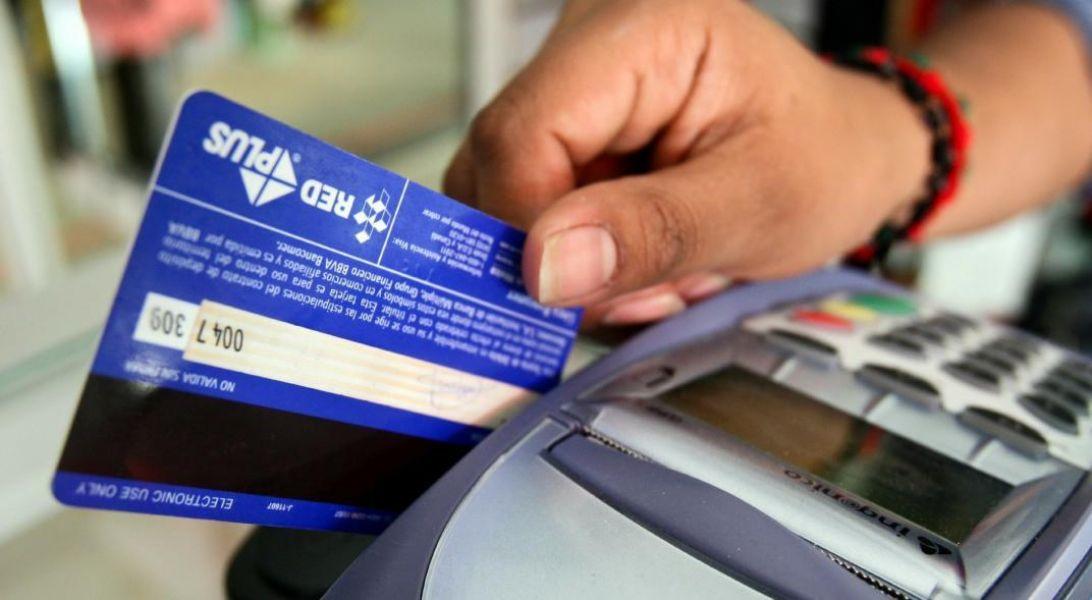 Dependiendo de la entidad bancaria que emita la tarjeta de crédito, se podrá abonar los tributos de la DGR en una cuota sin interés.
