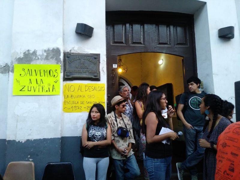 El edificio céntrico de la Escuela de Música actualmente sin alumnos por el traslado al Huaico estaría siendo utilizado de para fines irregulares.