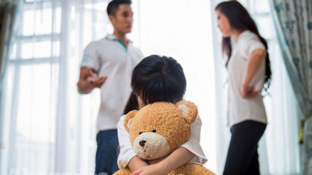 La cuota alimentaria de padre de una niña será del 25 por ciento de la totalidad de los haberes que percibe el padre por sus dos empleos.