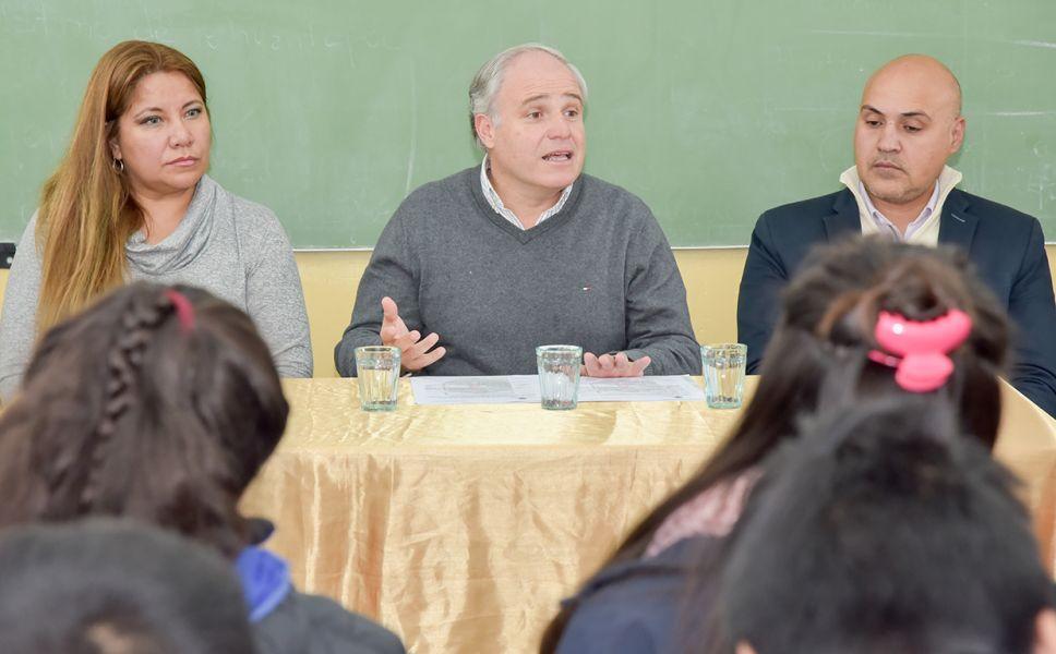 La idea es trabajar en conjunto con el Ministerio de Educación, y el colegio el que va a empezar a aplicar el protocolo contra el Bullying.