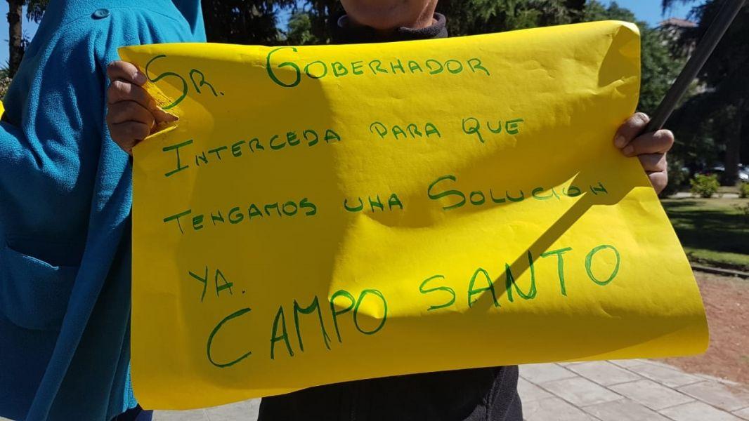 El conflicto que lleva más de 20 días, que incluye cinco días de ollas populares en Campo Santo. Hoy continuarán las protestas.