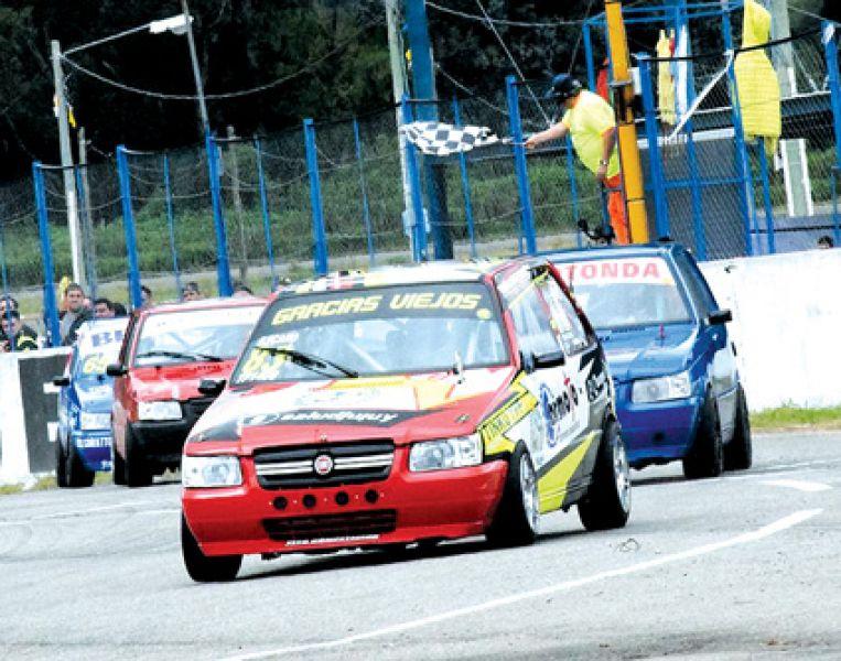 El Turismo Pista 1400 promete otra gran jornada en el autódromo del Norte.