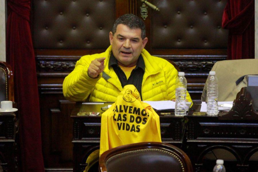 El legislador Olmedo pidió que se declare la inconstitucionalidad de la ley que obliga a funcionarios a capacitarse.