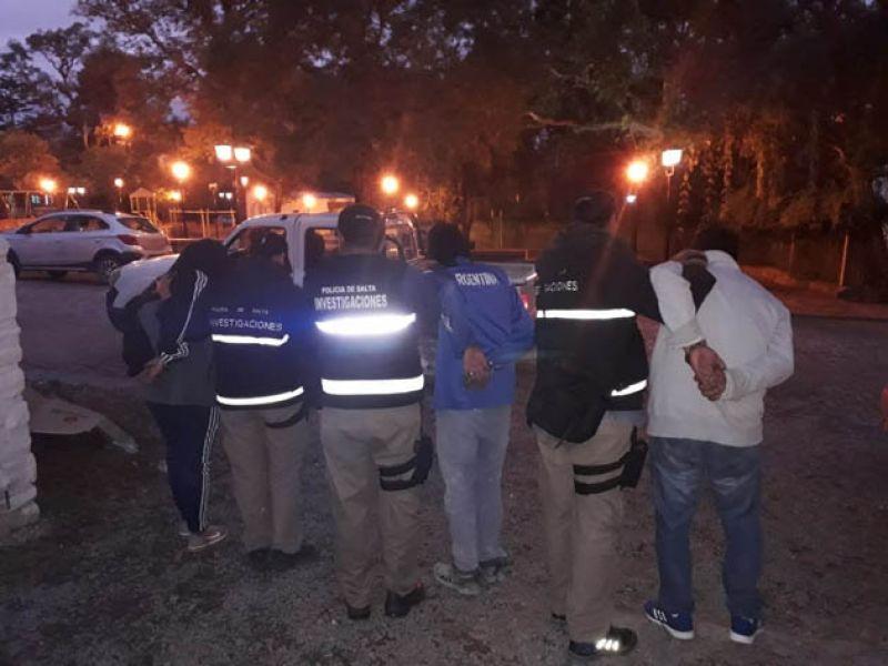 Las investigaciones permitieron dar con los atracadores de remiseros y taxistas que operaban en la zona Oeste de la ciudad.