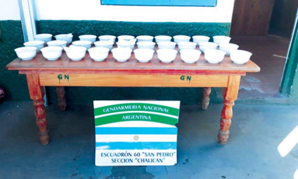 Casi tres kilogramos de cocaína fueron descubiertos por los gendarmes.