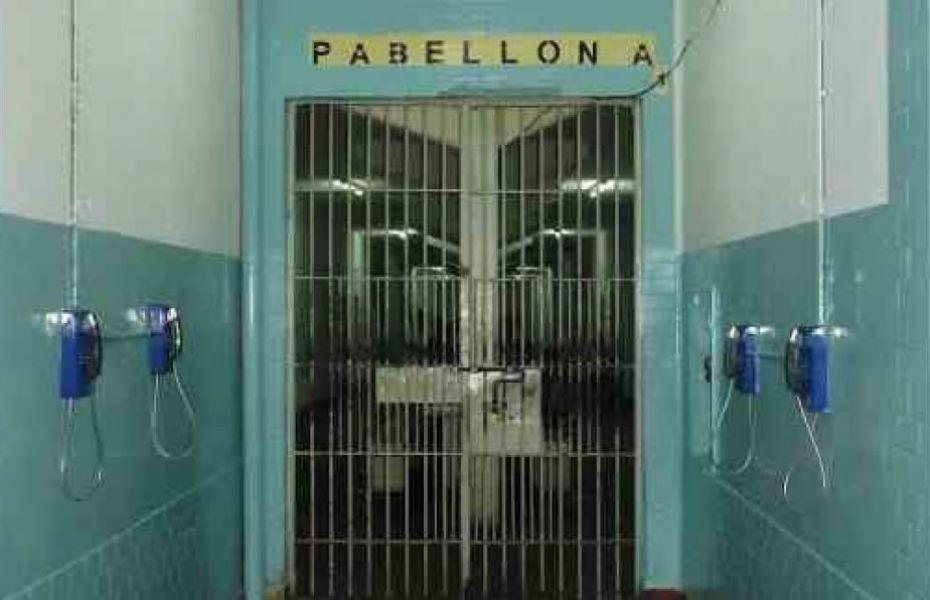 El condenado Muñoz junto a Victor Augusto Mamaní golpearon e hirieron de muerte con un arma blanca a Cardozo dentro de la cárcel.