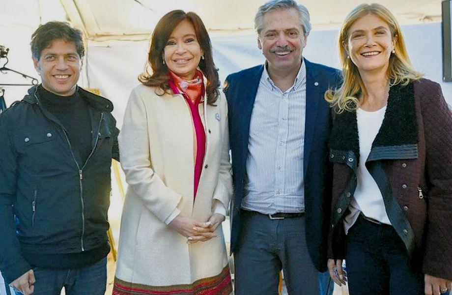 Cristina Fernández de KirchnerCristina y Alberto Fernández, estaría a un paso de anunciar la fórmula Kicillof-Magario para la gobernación bonaerense.