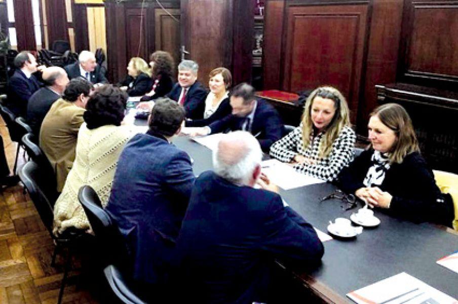 Diez representó a Salta en  la reunión del Consejo de Defensores y Asesores.