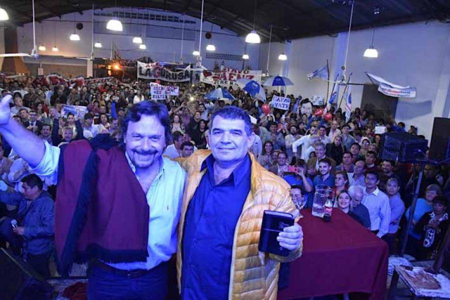 Sáenz y Olmedo durante la presentación del frente electoral.