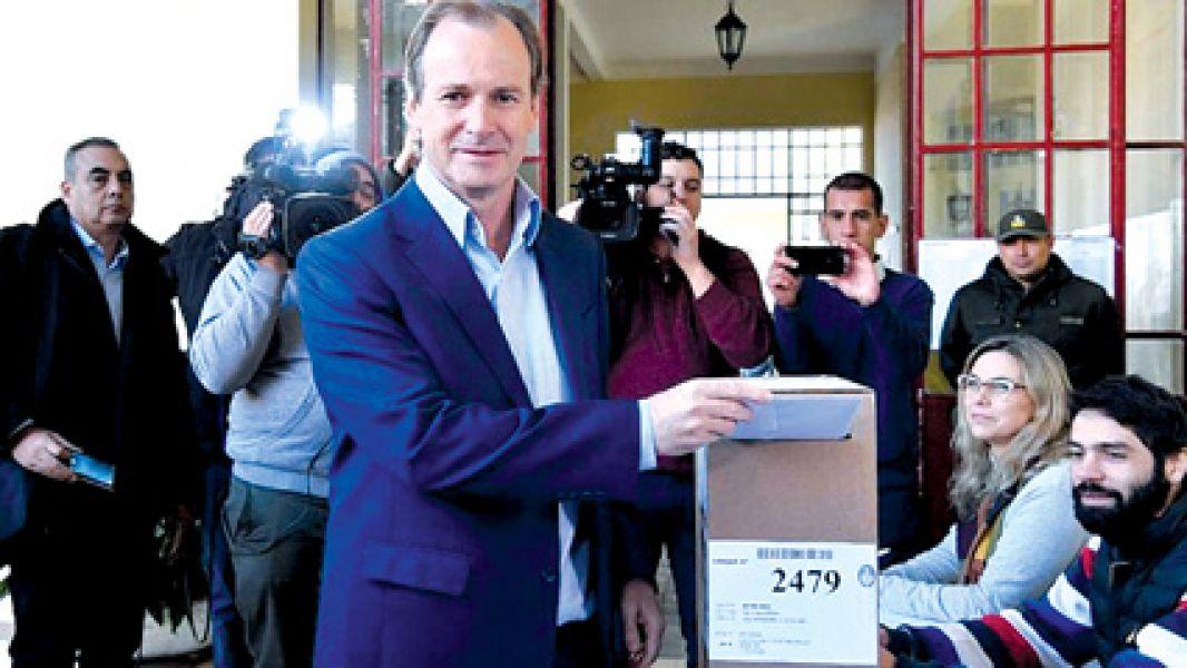 El peronista Gustavo Bordet logró la reelección en Entre Ríos y seguirá al mando de la provincia durante cuatro años más.
