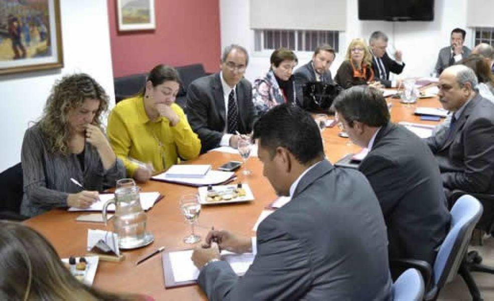 Abel Cornejo con el Concejo Asesor de Fiscales de Salta.