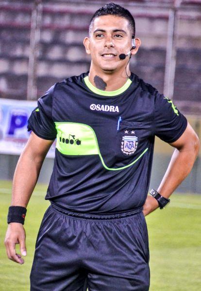 El santiagueño no dirigió al Cuervo en este Torneo. Foto: Sports Salta.