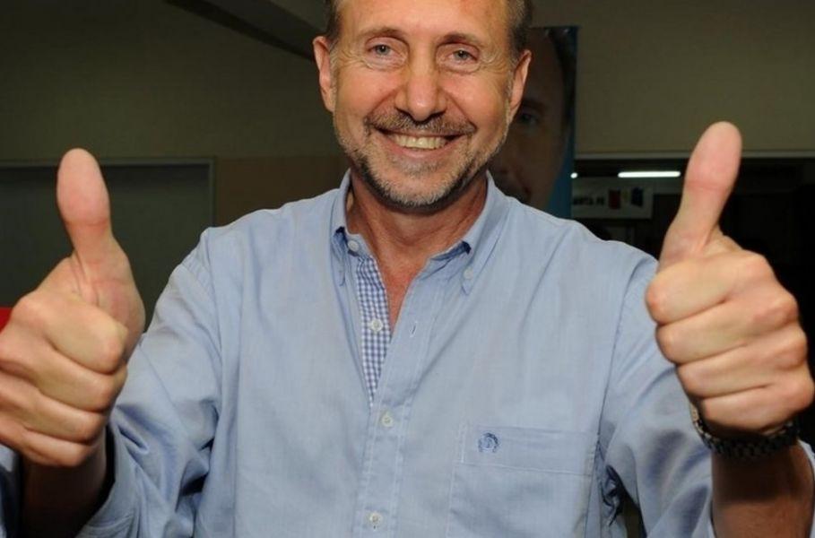 El peronismo unido logró recuperar, después de doce años, la gobernación de Santa Fe de la mano del senador nacional Omar Perotti (Frente Juntos).