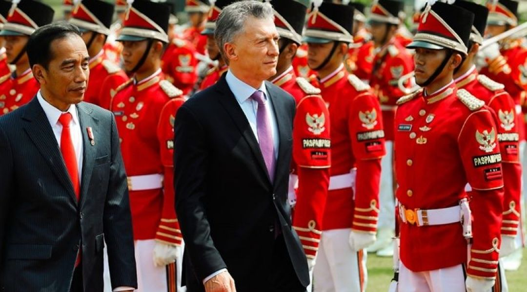 """""""Argentina es un país que produce alimentos de calidad para 400 millones de personas, a pesar de que somos solamente 44 millones"""", dijo Macri."""