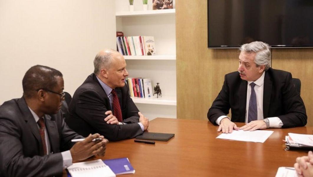 El candidato a Presidente fue duro con los representantes del FMI, pero dejó en claro que no iría a un default, en caso de ganar.