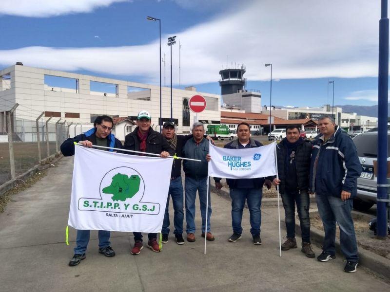 Trabajadores petroleros en Salta y Jujuy acordaron la suspensión del paro y una nueva mesa de negociación el próximo 6 de agosto.