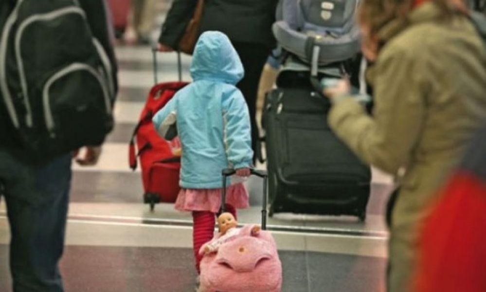 Desde el Colegio de Escribanos de Salta afirman que las autorizaciones de viajes a menores son trámites sencillos.
