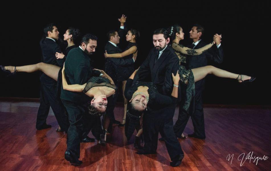 """El elenco salteño de """"Proyecto Tango"""" con destacados bailarines salteños debuta este sábado con la obra """"Lo que somos""""."""