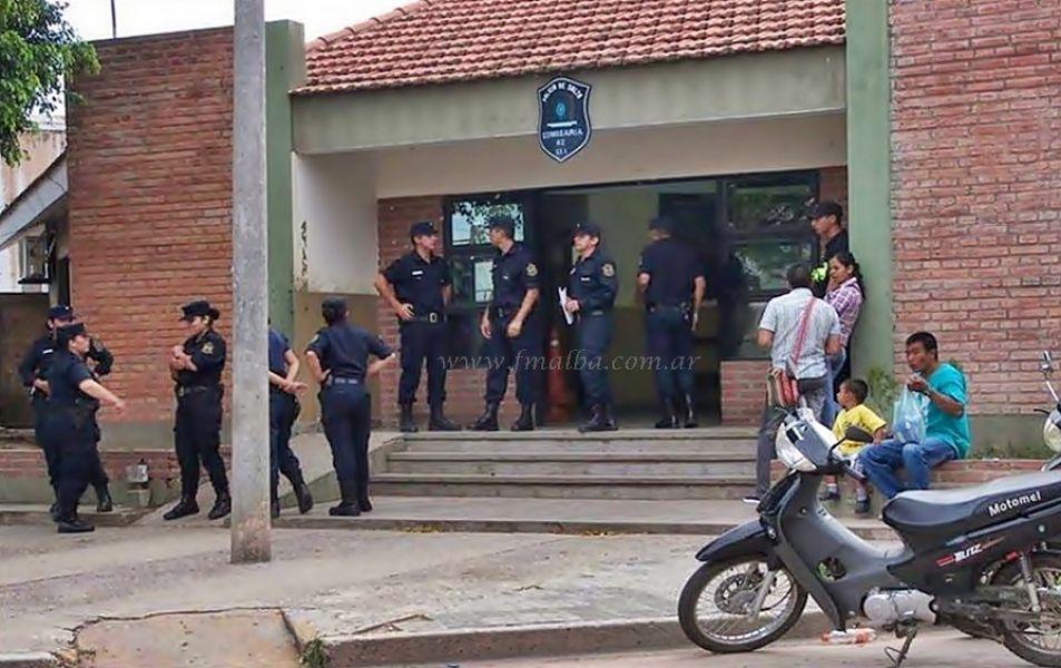 Un suboficial de Comisaria 42 estaría involucrado en un hecho por defraudación a la administración pública. (Foto FM Alba).
