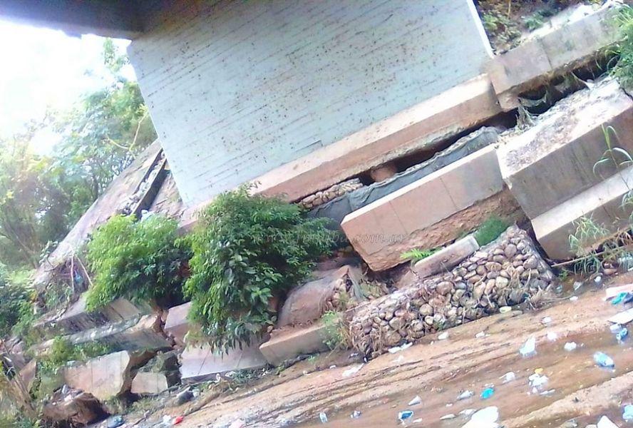 Autoridades bolivianas llegarán a Yacuiba para inspeccionar los daños en la base del puente. (Foto: Marco Cardozo Jemio).