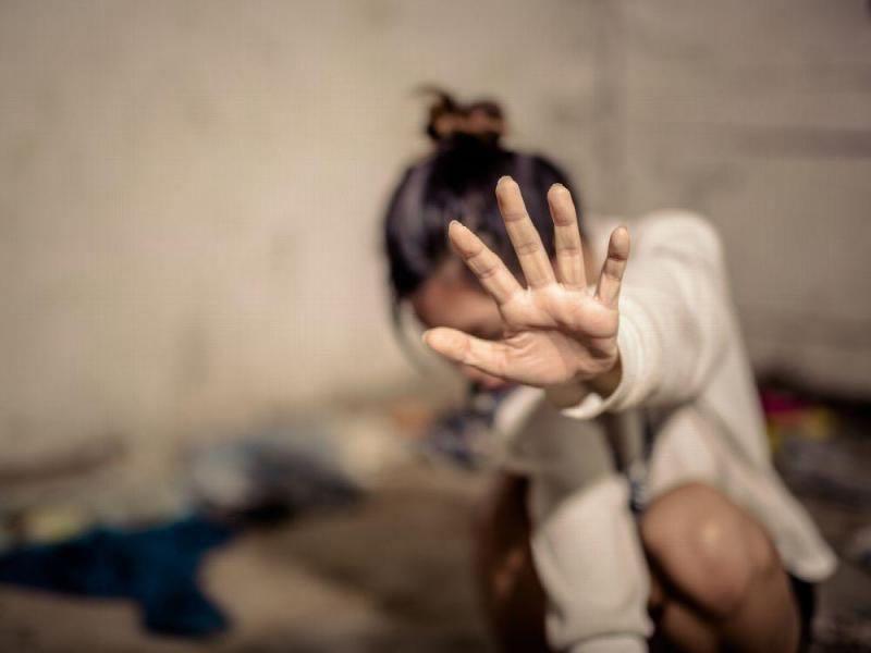 En la localidad de Alemania, una joven con problemas psiquiátricos fue violada en grupo, por menores de 12 a 14 años.