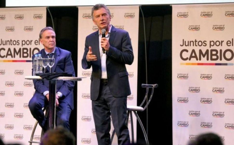 """La campaña de Macri y Pichetto en Parque Norte. """"Estamos listos para seguir cuatro años más"""", dijo el Presidente."""