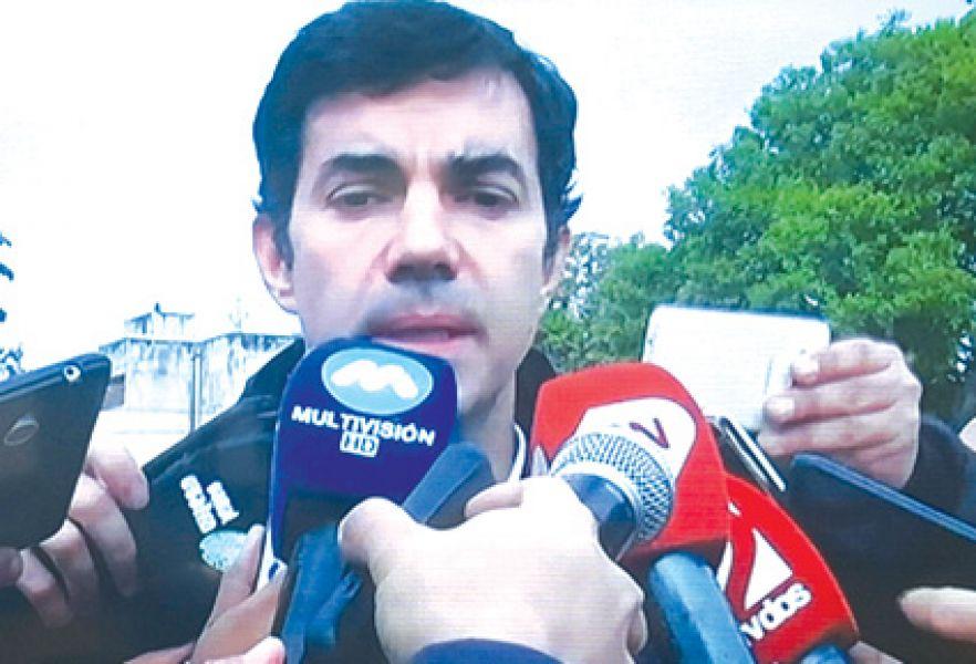 Urtubey al hablar de las licencias de campaña con la prensa, sostuvo que tomará licencia, pero hacia el final de la campaña.