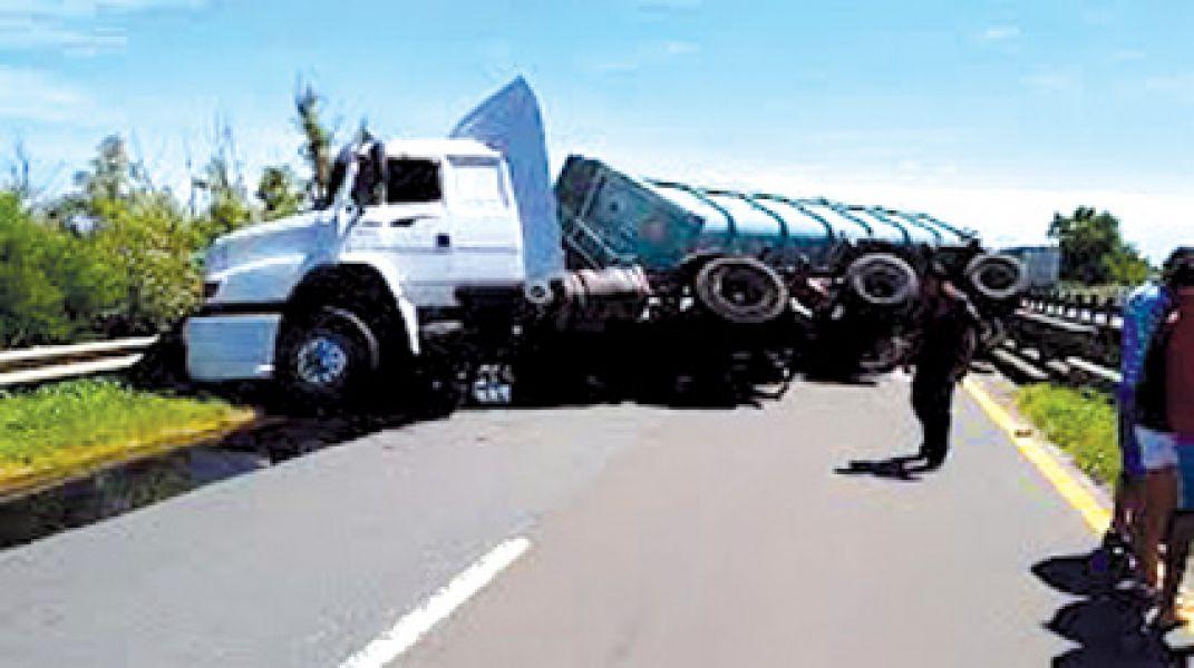 El 30 de julio de 2008 el hombre se encontraba conduciendo en estado de ebriedad durante la jornada laboral.