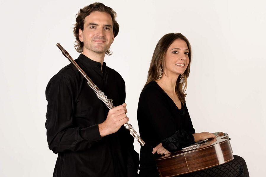 El Dúo Clemenz-Márquez, ofrecerán un concierto con obras de Bach, Schubert, Brouwer y Küffner, el martes 23 de julio en la Fundación Salta.