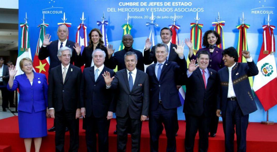 """Destacaron que la cumbre en Santa Fe, se trata de """"una cumbre muy importante"""" para el futuro del Mercado Común del Sur."""