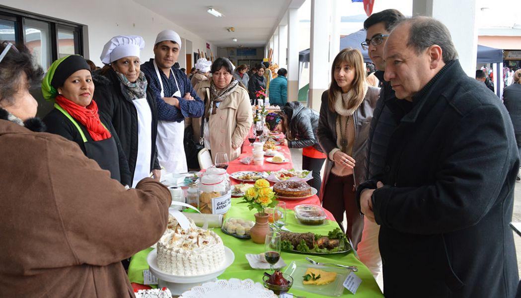 Son alrededor de 150 los alumnos que expondrán sus productos dePanadería y Pastelería de la profesora Juana Rosa Condorí.