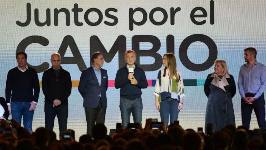 """""""Me da lástima que tantos argentinos hayan creído que la salida era la vuelta al pasado"""", dijo Macri en conferencia de prensa."""