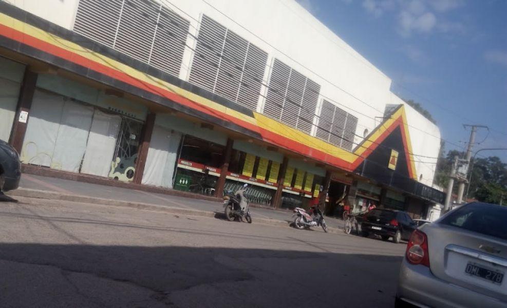 El propietario del supermercado Miguelito de Güemes sostuvo que los bancos están cortando los créditos y las cuentas corrientes.