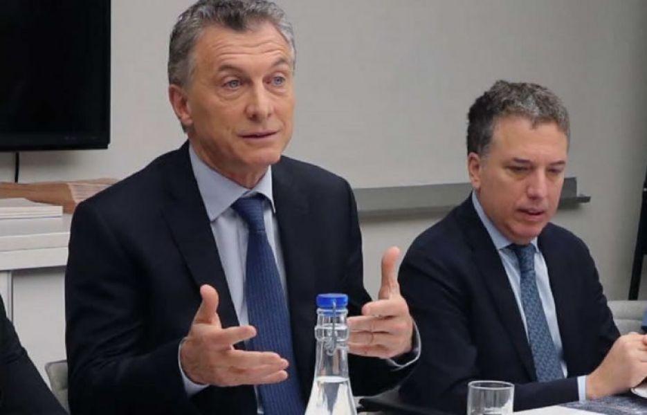 Mauricio Macri y Dujovne prepararon un paquete de medidas ante una nueva desestabilización financiera y cambiaria que está paralizando la economía.