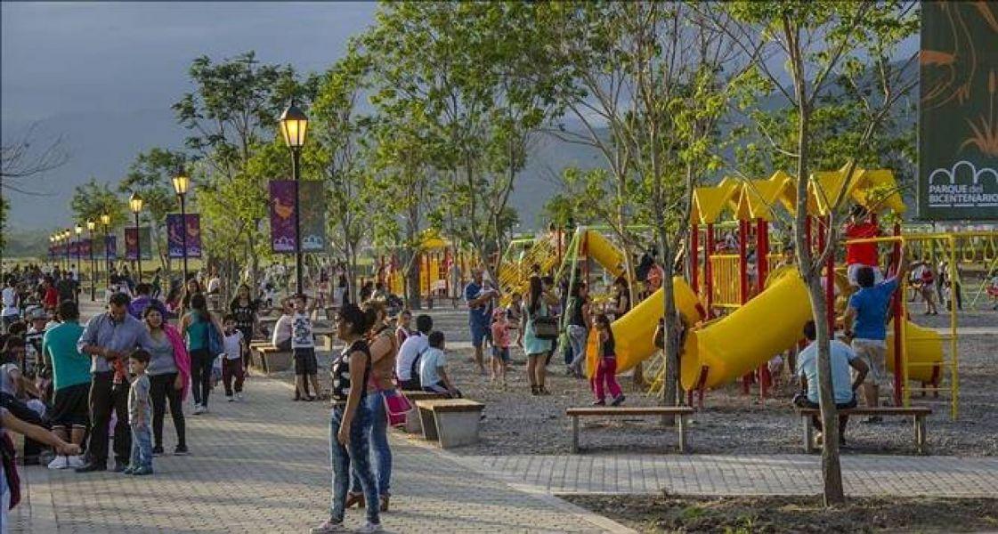 En los Parques Bicentenario y de la Familia se agasajará a los niños.