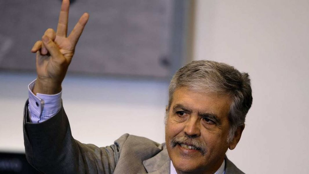 La Cámara Federal de Apelaciones anuló los procesamientos de Julio de Vido y Ricardo Jaime y otros.