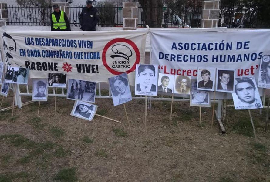 Los querellantes por la Secretaría de Derechos Humanos y el espacio Encuentro, Memoria, Verdad y Justicia, pidieron cadena perpetua para Lona.