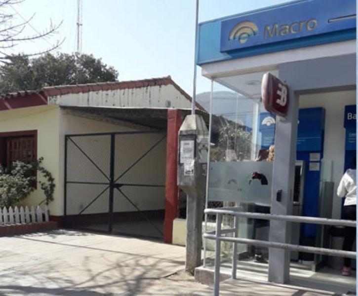La cabina de Saeta, será instalada en el frente de la Subcomisaría del barrio, al lado del cajero automático.