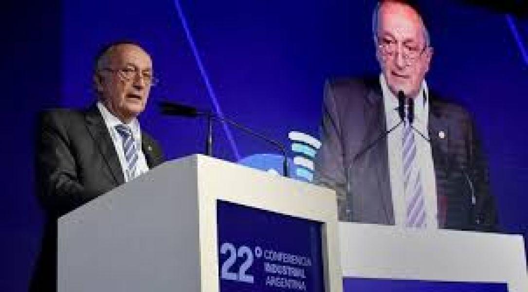 Miguel Acevedo, presidente de la Unión Industrial Argentina se reunirá hoy con Alberto Fernández en Tucumán.