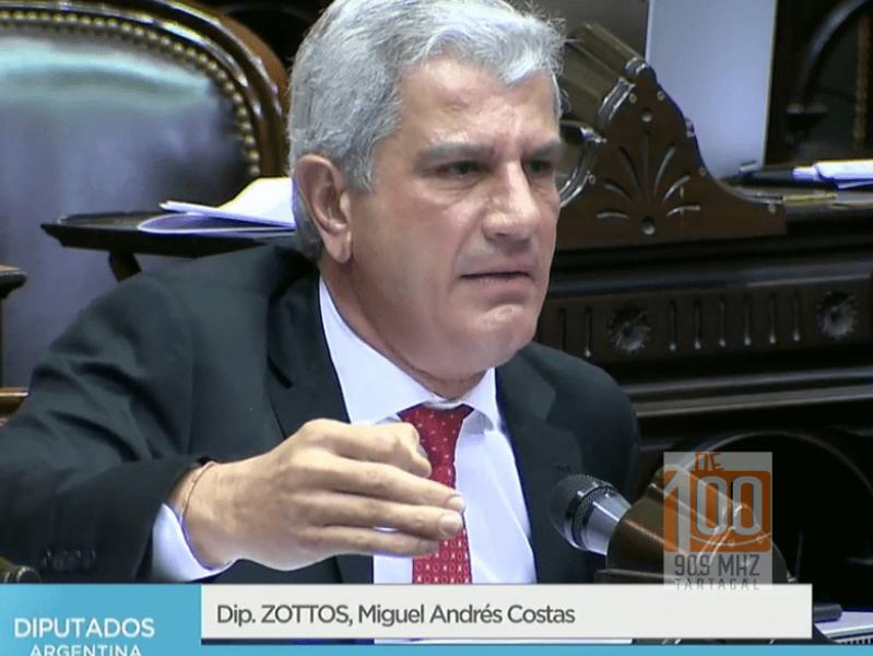 """""""Seguimos con los parches en Argentina, seguimos con esa política que no soluciona los problemas de fondo"""", dijo Andrés Zottos, diputado nacional."""