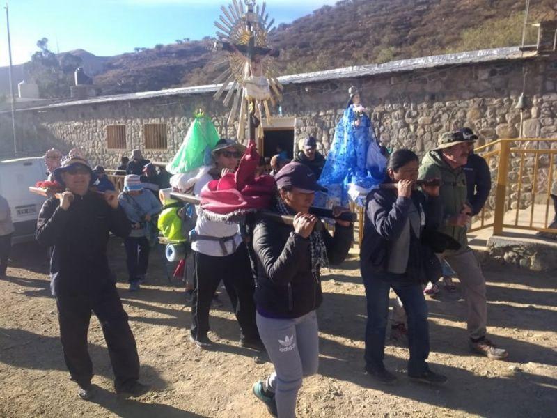 """""""Caminemos juntos, como Iglesia peregrina, hacia adelante"""", la Iglesia que peregrina en Salta vivió, una vez más,el Milagro de la fe."""
