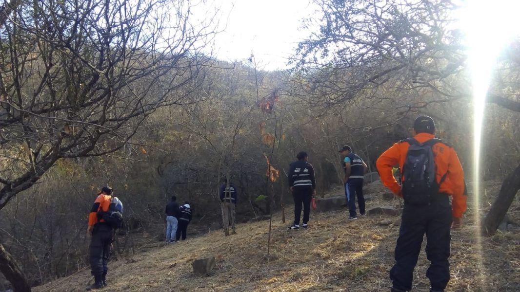 Los operativos para encontrar al anciano desaparecido de su casa de Tres Cerritos, abarcan serranías cercanas a su casa.