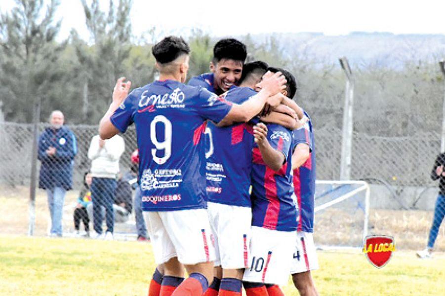 Peye quiere  meterse entre los 4 mejores equipos de la provincia. Antes dejó en el camino a Juventud, Central y Gimnasia.