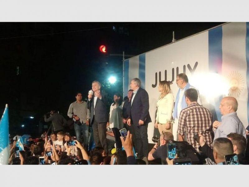 Mauricio Macri reapareció en la recta final hacia las elecciones del domingo.